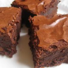 Thick and Chewy Fudge Brownies